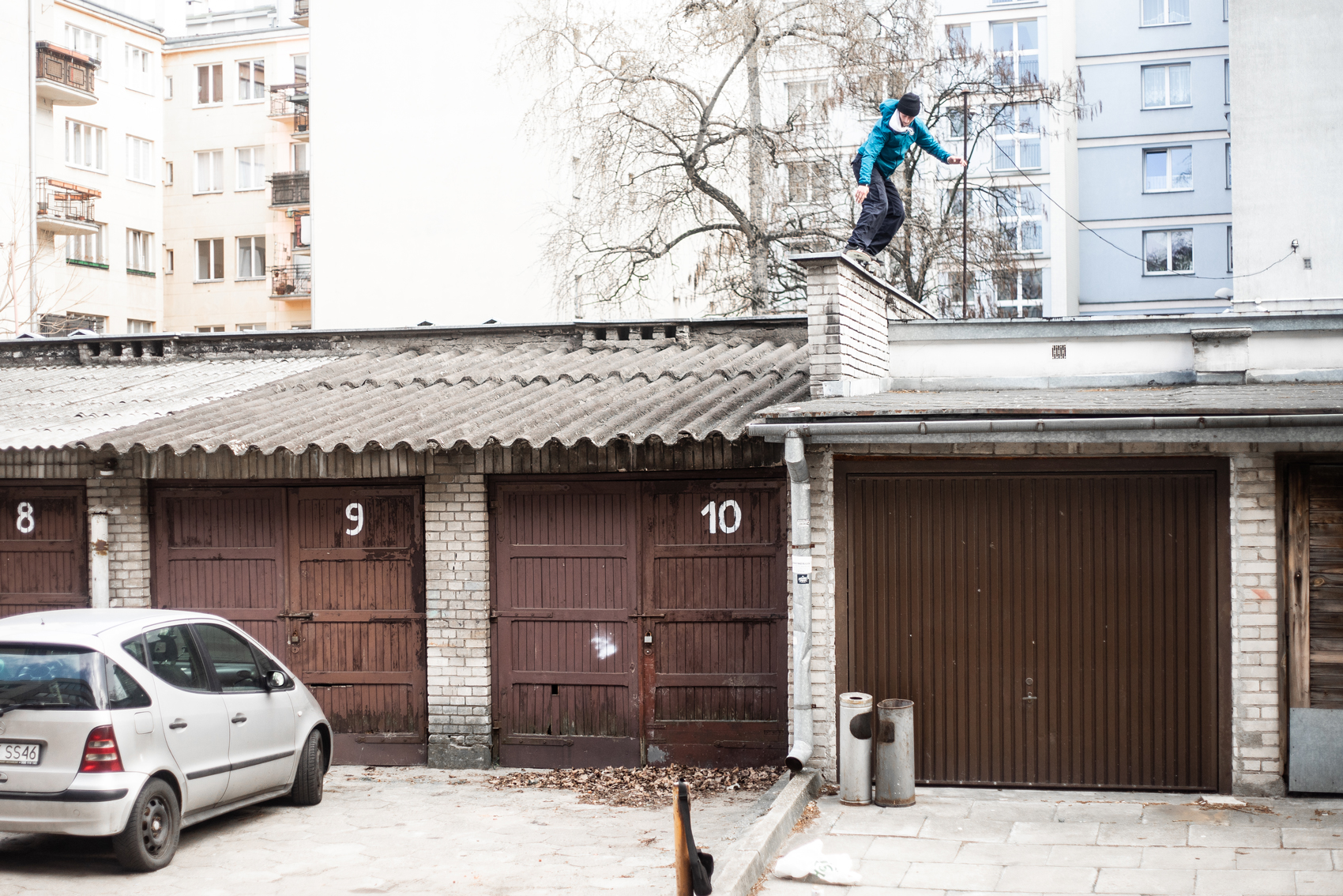 Bs Fifty to roof, drop down