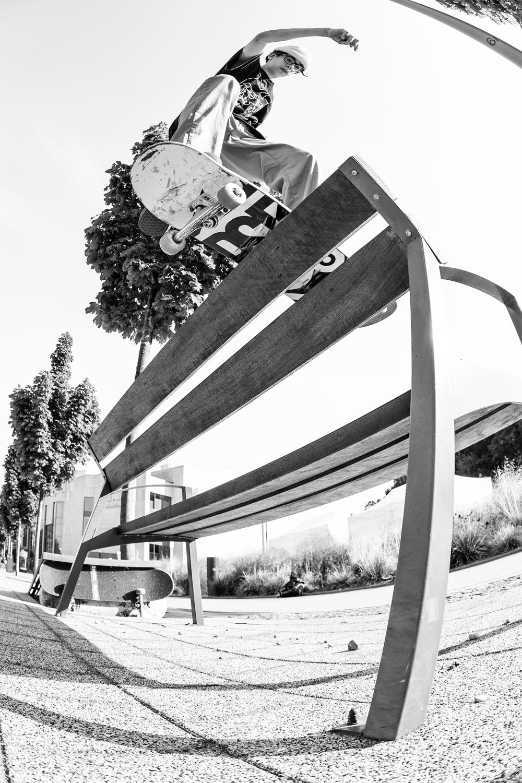 Jean Seeman / boardslide 360 shove